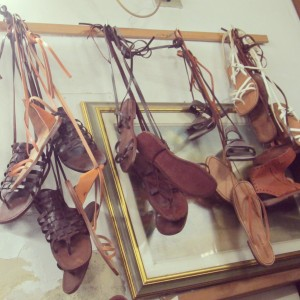 Francesco sandale cuir Florence Santo Spirito interieur 2