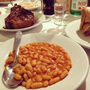 i Fagioli à la tomate, sauge et ail