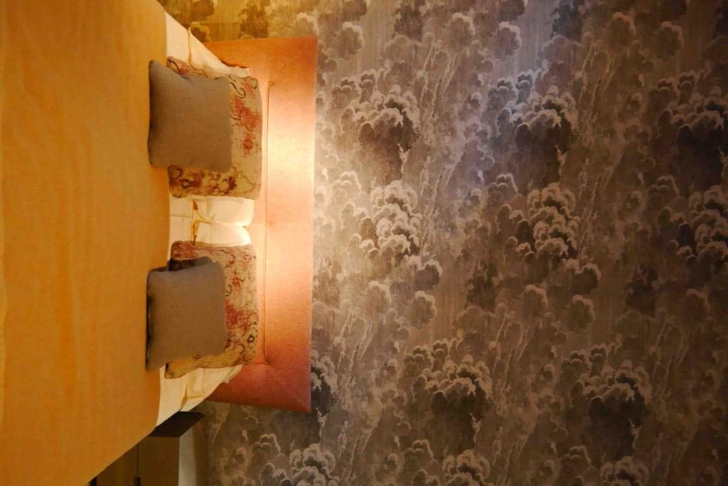 Estel tapisserie fornasetti salone mobile alidifirenze