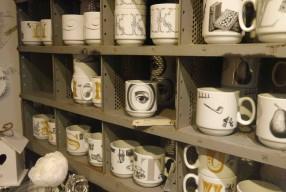 Calligraphie et céramique chez And Company