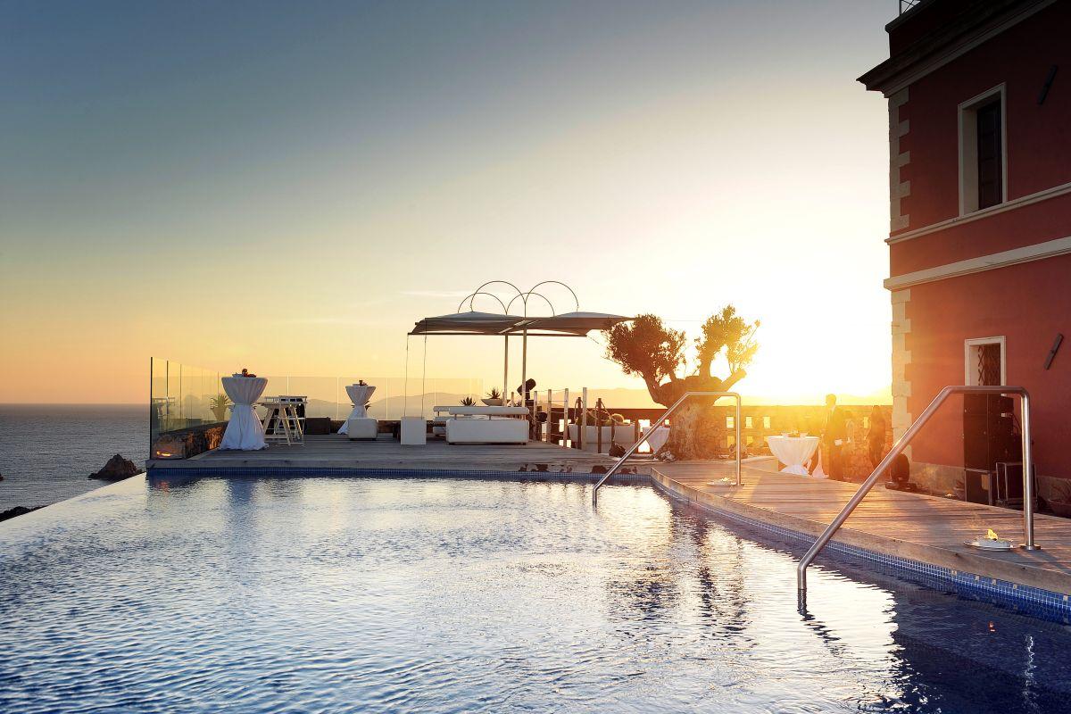 Italy Sardegna Costa Sud Capo Spartivento. La piscina del resort Capo Spartivento © Francesco Vignali  LUZphoto