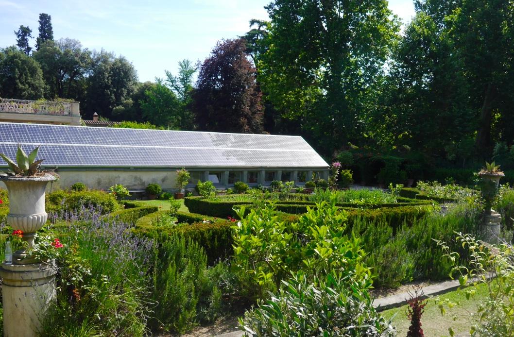 Un mariage florence en italie d couvrir le jardin for Jardin 600m2