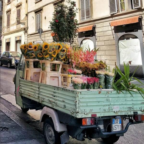 Camion fleurs florence grazie a te