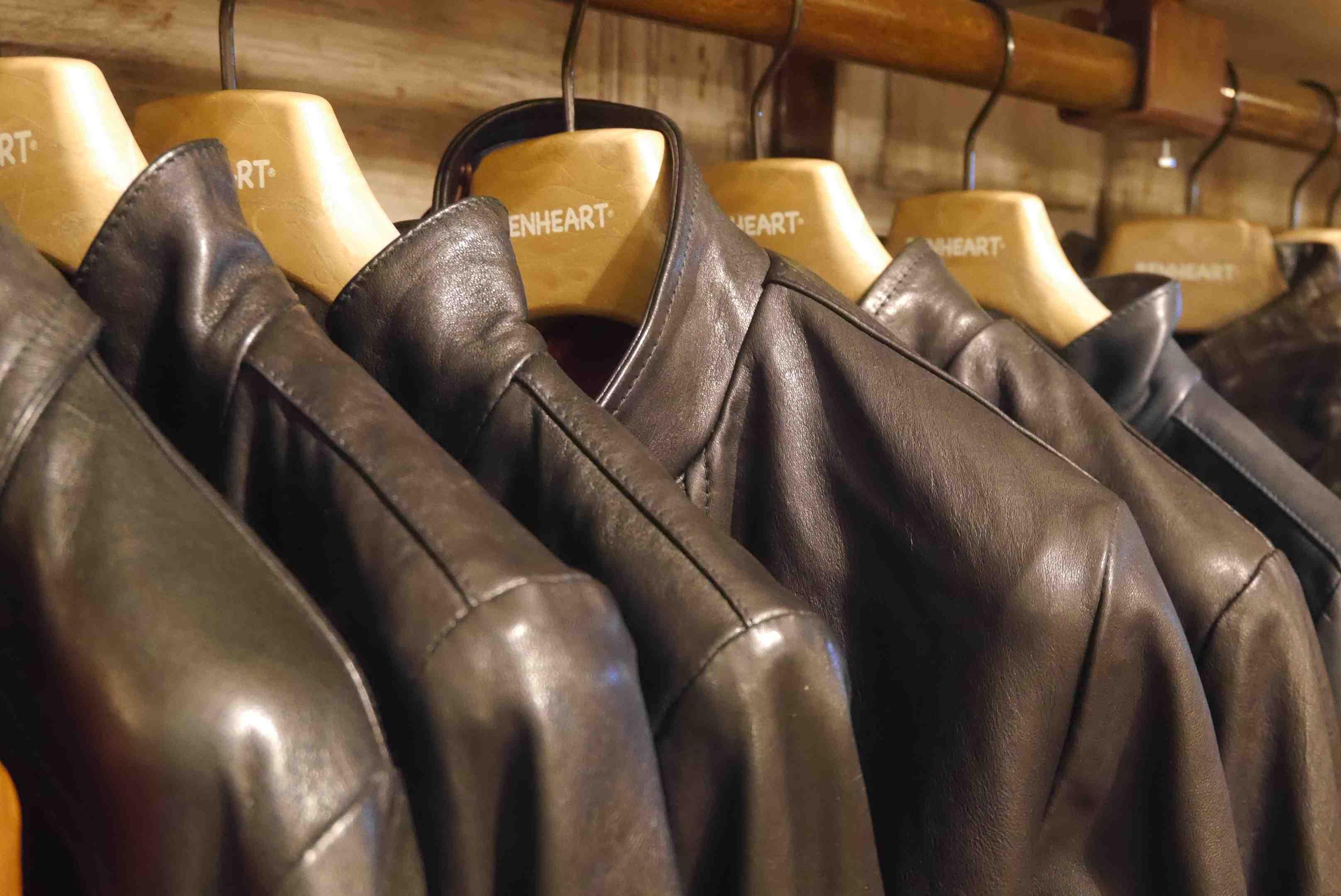 o acheter une veste en cuir florence toscane. Black Bedroom Furniture Sets. Home Design Ideas