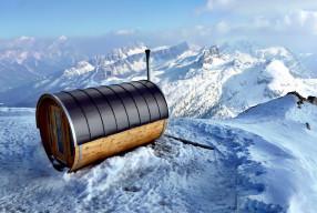 Un spa avec vue à Cortina d'Empezzo