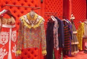 Au nouveau siège de Gucci à Milan pour SS17