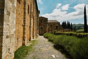 Val d'Orcia Postcard, Abbaye de San Antimo