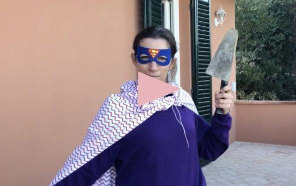 Blog en italie - Alice joue un ouvrier italien