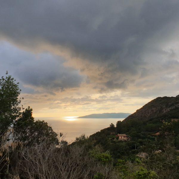 Paysage lors d'un trekking à Marenne en Italie