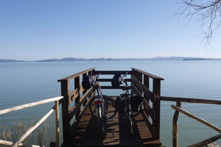 Le lac Trasimène à vélo