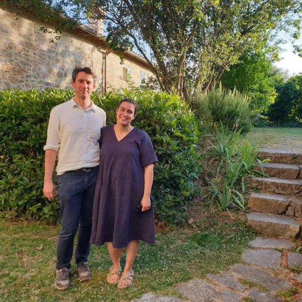 Virginie et Camille, sommelière et goûteur en huile d'olive en Italie